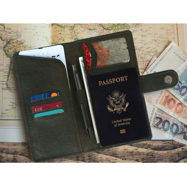 TORREON - SANTHOME Travel Wallet in Genuine Leather (Anti-microbial)